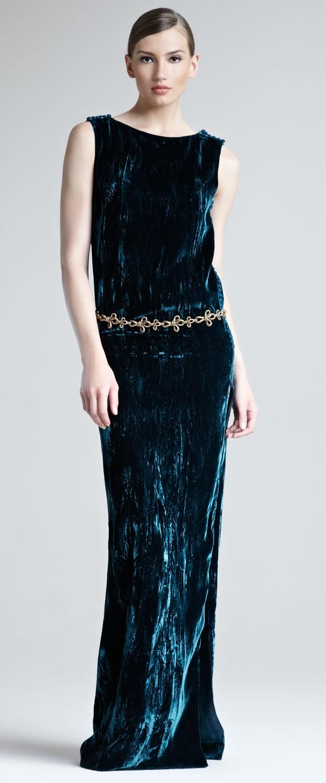 en-guzel-kadife-abiye-elbise-modelleri-31
