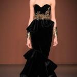 en-guzel-kadife-abiye-elbise-modelleri-33
