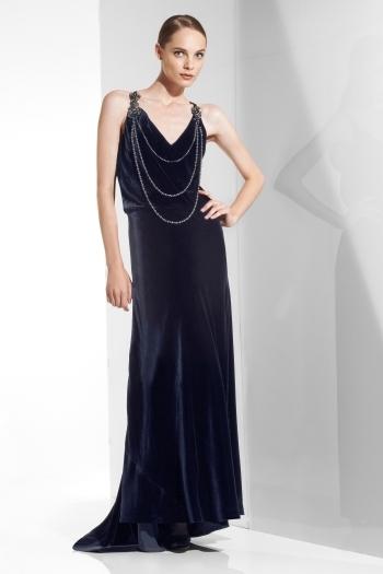 en-guzel-kadife-abiye-elbise-modelleri-37