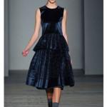 en-guzel-kadife-abiye-elbise-modelleri-40