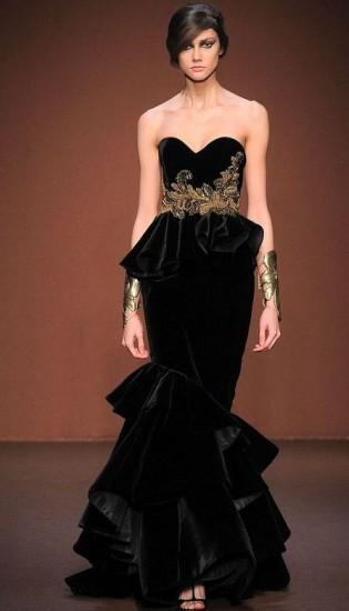 en-guzel-kadife-abiye-elbise-modelleri-45