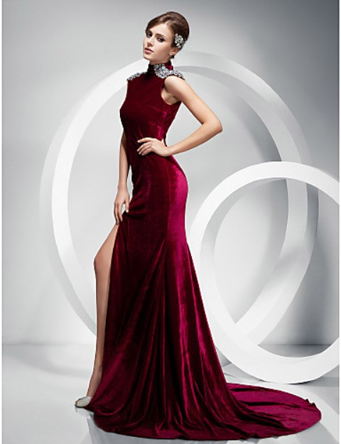 en-guzel-kadife-abiye-elbise-modelleri-56