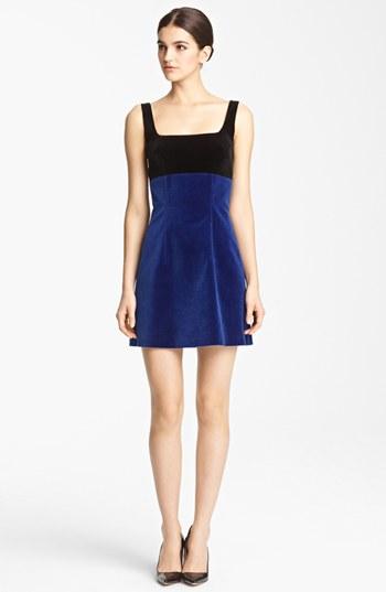 en-guzel-kadife-abiye-elbise-modelleri-65