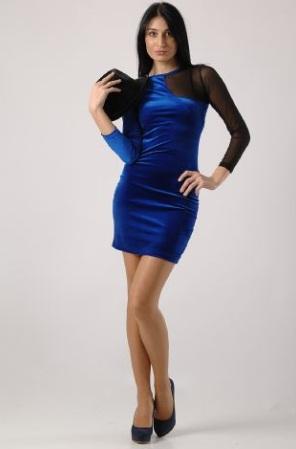 en-guzel-kadife-abiye-elbise-modelleri-69