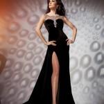 en-guzel-kadife-abiye-elbise-modelleri-71