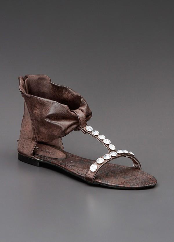 en-trend-bayan-sandalet-modelleri-32