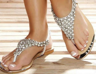en-trend-bayan-sandalet-modelleri-37