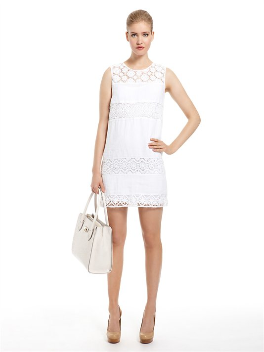 en-trend-beyaz-elbise-modelleri-10
