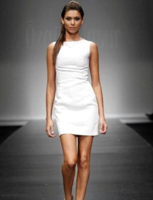 en-trend-beyaz-elbise-modelleri-29