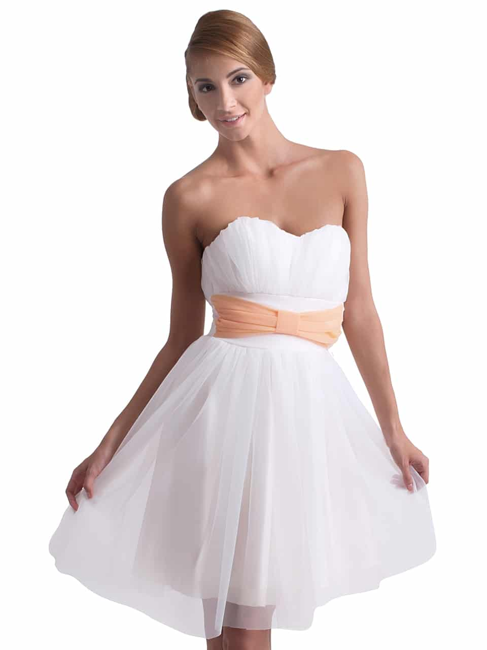 en-trend-beyaz-elbise-modelleri-31