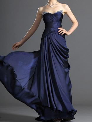 lacivert-abiye-elbise-modelleri-32
