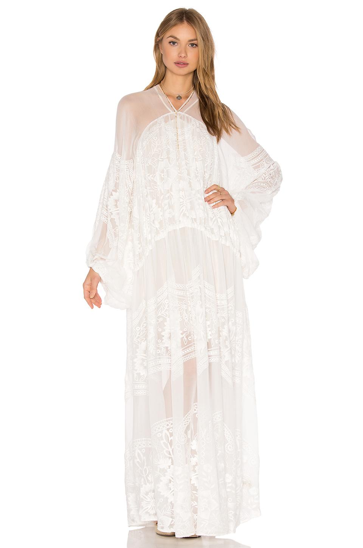 Beyaz Uzun Elbise Modelleri & Gece Elbiseleri