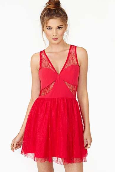birbirinden-sik-elbise-modelleri-gece-elbiseleri-kisa-elbise-modelleri-15