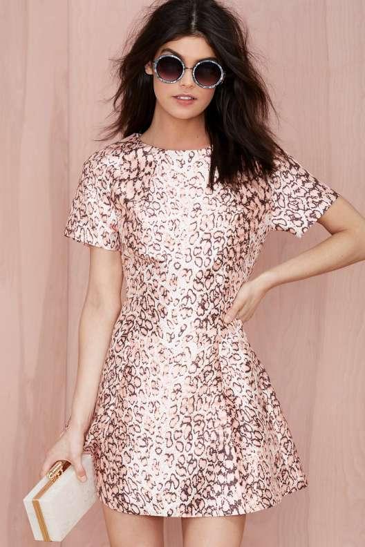 birbirinden-sik-elbise-modelleri-gece-elbiseleri-kisa-elbise-modelleri-50