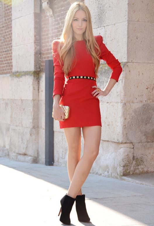 birbirinden-sik-elbise-modelleri-gece-elbiseleri-kisa-elbise-modelleri-8