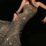 birbirinden-sik-tasli-abiye-modelleri-nisan-elbiseleri-13
