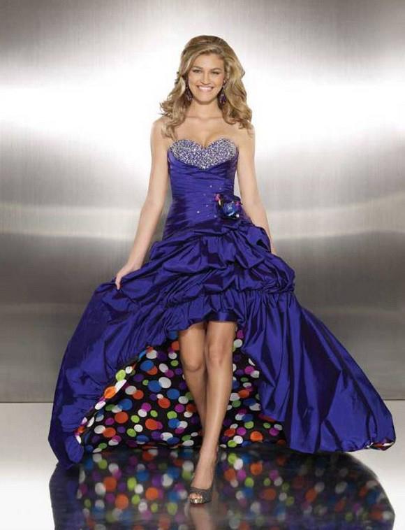birbirinden-sik-tasli-abiye-modelleri-nisan-elbiseleri-28