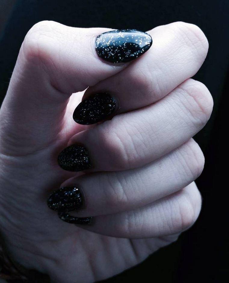 black nail art-nails-nailart-nail art-nail art designs-nail designs-oje desenleri (10)