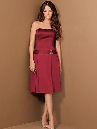 en-guzel-bordo-abiye-modelleri-gece-elbiseleri-12