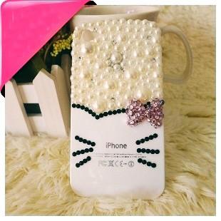 en-sik-ve-guzel-bayan-iphone-kiliflari-39