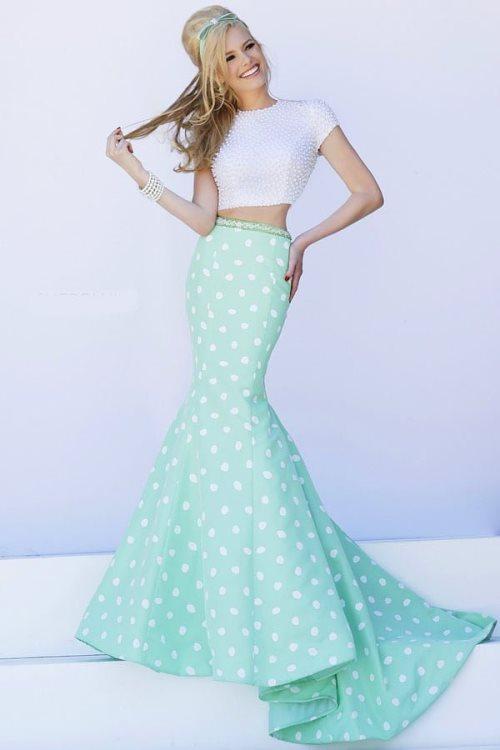 İşte En Gözde Abiye Elbise Modelleri: Balık Etek