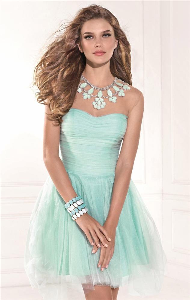 f8e043fd3d772 mezuniyet elbiseleri-mezuniyet kıyafetleri-elbise modelleri-balo  elbiseleri-gece elbiseleri (5. «