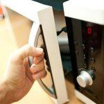 Mutfağınızın Güzel Kokması İçin    Yemek kokuları mutfağınıza sindi ve bunu gidermek istiyorsunuz