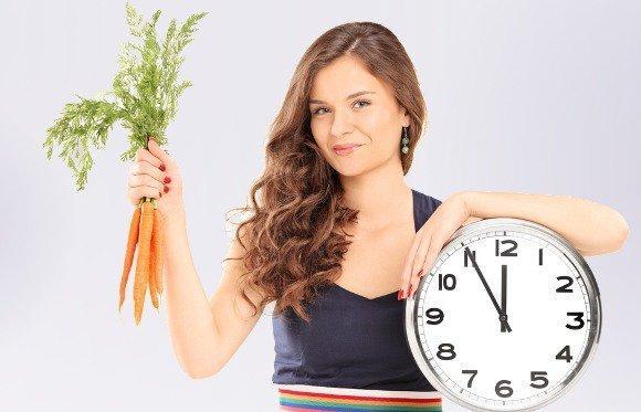 9 - Havuç suyu güçlü bir antioksidant olan betakarotenden zengin olduğu için hücre dejenerasyonunu önler. Yaşlanma sürecini yavaşlatır.