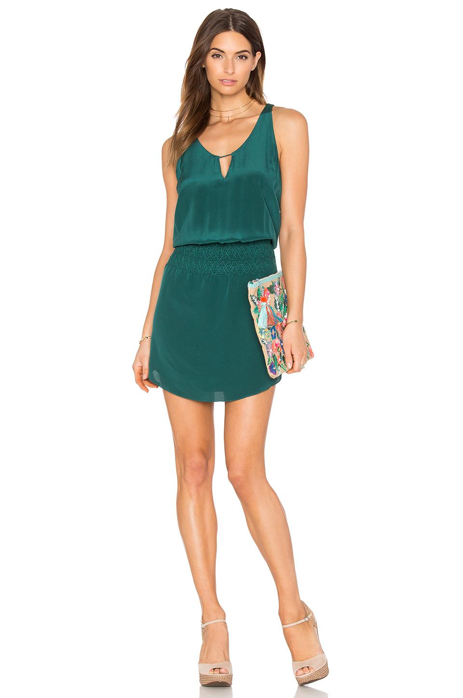 dd54d6e55c865 2019 Yazlık Elbise Modelleri Yeşil Kısa Askılı Abiye | SadeKadınlar ...