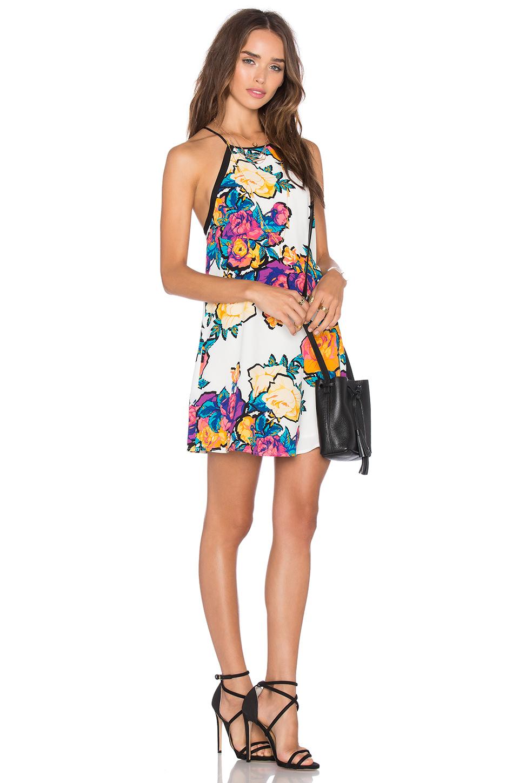 En Şık Yazlık Kısa Elbise Kombinleri - Kombin Önerileri (4)