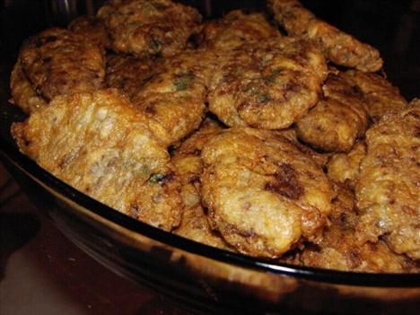 Pratik Yemekler: Kadınbudu Köfte  Tarifi