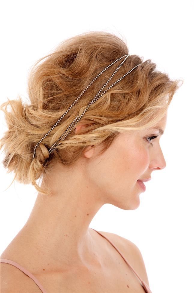 Dagınık Topuz Saç Modelleri Mezuniyet, düğün ve nişan için en fazla tercih edilen modeller