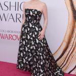 2016 CFDA Moda ödülleri Kırmızı Halı Elbiseleri; JESSICA CHASTAIN