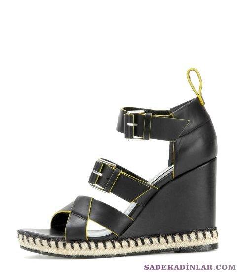 Dolgu Topuk Balenciaga Deri Sandalet 665$