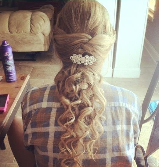 Kıvırcık Saç Modelleri - Prom-Hairstyles-for-Long-Hair-Cute-Curly-Hairstyle