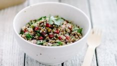 Meyveli Kinoa Salatası Nasıl Yapılır? İşte Tarifi