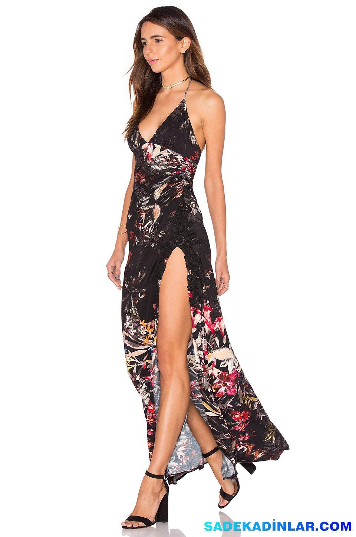 2019 Abiye Elbise Kombinleri; Baskı Desenli Straplez Derin Yırtmaçlı Elbise