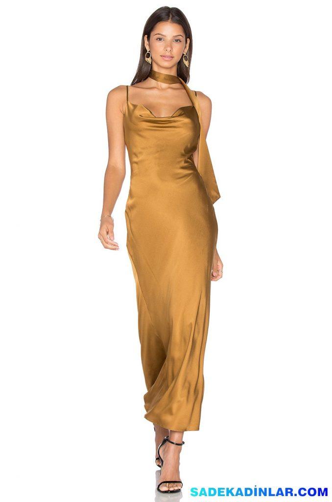 2019 Abiye Elbise Kombinleri; Göğüs Dekolteli Fular Detaylı