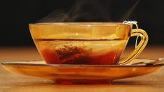 Saraçoğlu'ndan Stres ve Yorgunluk İçin Limon Melisa Çayı Tarifi