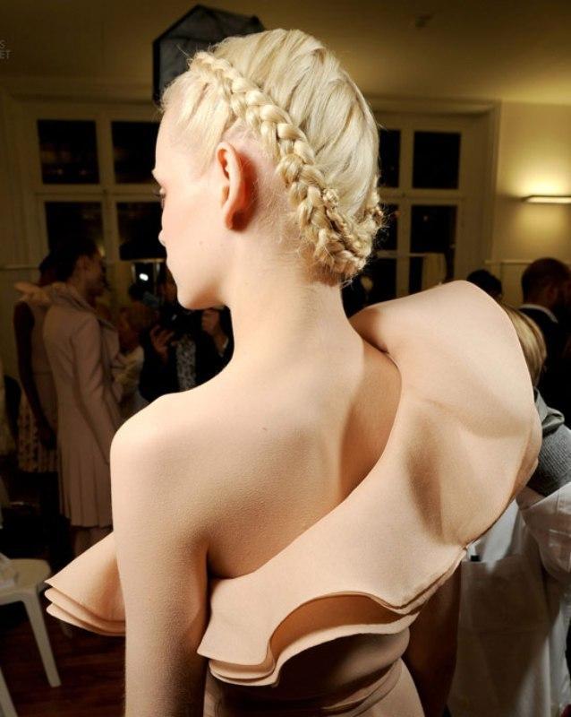 Hem Gündüz Hem Gece Davetleri İçin Şık Örgü Saç Modelleri