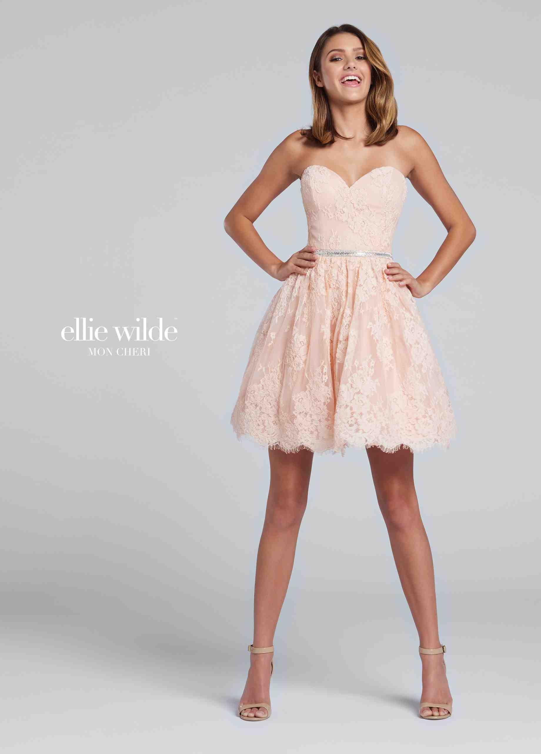 2019 Muhteşem Mezuniyet Kıyafet Modelleri ve Fiyatları