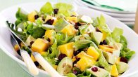 Diyet Salatalar: Zayıflatan Salata Tarifi
