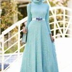 En Güzel Tesettür Abiye Modelleri likralı dantel elbise