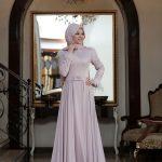 En Güzel Tesettür Abiye Modelleri pudra rengi