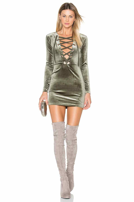 Kadife Abiye Modelleri 2018 Şık Gece Elbiseleri