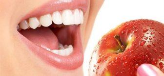 Baharatlarla Evde Doğal Diş Beyazlatma Yöntemleri