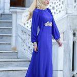 Son Moda Saks Mavisi Nakış İşlemeli Tesettür Abiye Modelleri 2021 & 2022