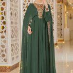 Son Moda Tül Pelerinli Yeşil Tesettür Abiye Modelleri 2021 & 2022