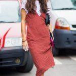 Yeni Moda V Yaka Askılı Elbise Kombinleri tisort 4