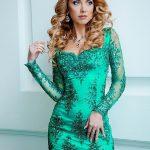 2018 Kısa Gece Elbiseleri Abiye Modelleri yeşil kısa uzun kollu güpür taşlı kumaş